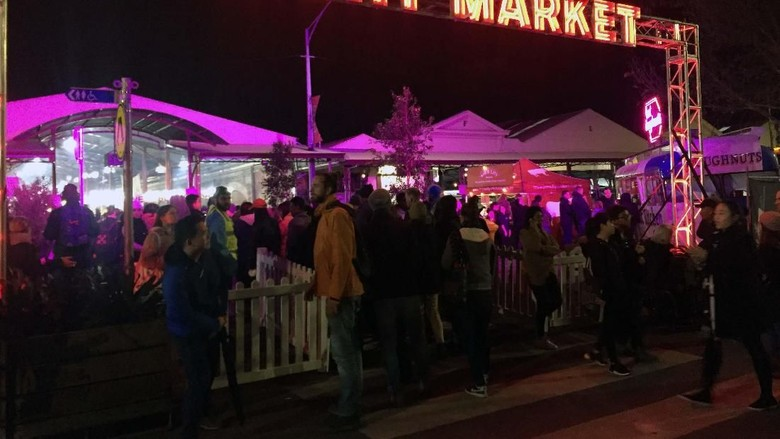 Kemeriahan Winter Night Market, Salju Turun di Kota Melbourne