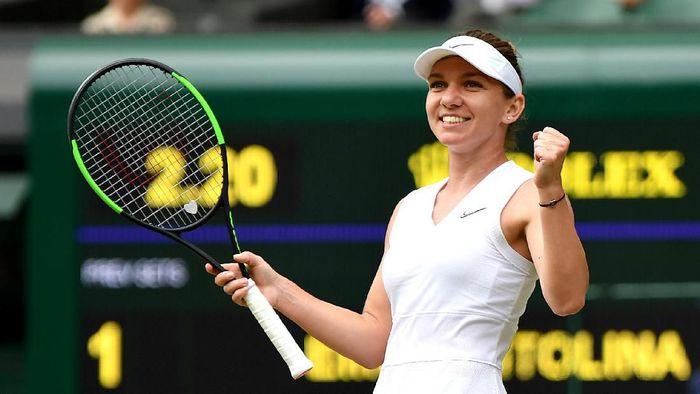 Simona Halep akan menantang juara tujuh kali Wimbledon, Serena Williams di final. (Foto: Mike Hewitt / Getty Images)