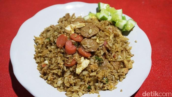 Nasi Goreng dan Ayam Malaya Lombok