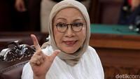 Ratna Sarumpaet Pose 2 Jari Jelang Vonis, Gerindra: Kompetisi Sudah Selesai