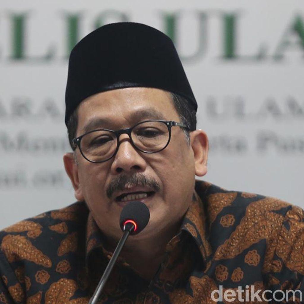 Pria Berhijab Diamankan di Aceh, Wamenag: Crosshijaber Perlu Diwaspadai