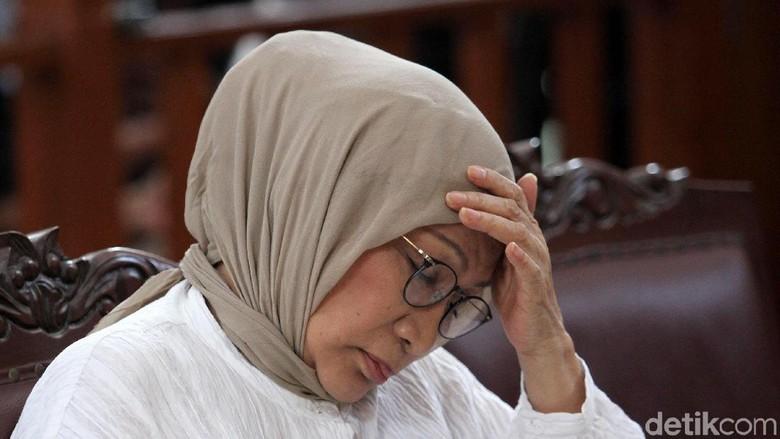 Banding Ditolak, Ratna Sarumpaet Masih Pertimbangkan Kasasi