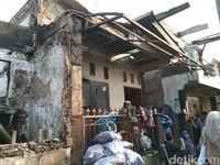 Warga Sebut Mukjizat, Ratusan Rumah di Tebet Terbakar Kecuali Milik Joko