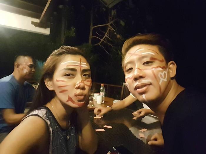 Usai pemeriksaan 1x24 jam, Rey Utami dan sang suami Pablo Benua akhirnya ditetapkan sebagai tersangka kasus ikan asin oleh polisi. Hal itu diungkap oleh sang pengacara, Farhat Abbas. Foto: Instagram reyutami