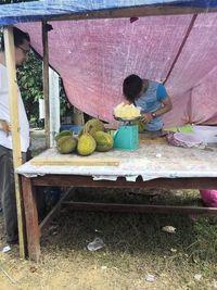 Jual Durian Kupas dengan Harga Murah, Penjual Durian dari Kedah Ini Viral