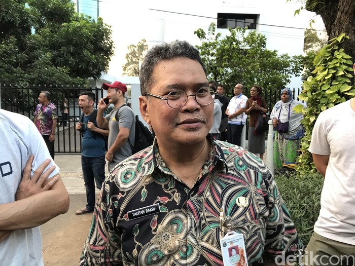 Kepala Kesbangpol Pemprov DKI Jakarta, Taufik Bakri
