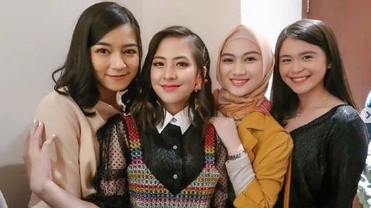 Makin Jatuh Hati dengan Zara JKT48 di Dua Garis Biru
