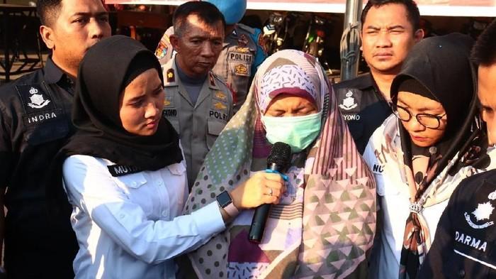 Guru les di Koja pembuat status tak usah pajang foto presiden (Foto: dok. Humas Polres Jakarta Utara)