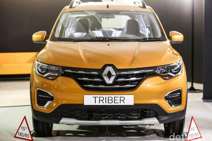 PT Maxindo Renault Indonesia memperkenalkan secara resmi Renault Triber kepada media dalam acara The Exclusive Sneak Peek of The New Renault Triber, di Bintaro, Tangerang, Jumat (12/7/2019).