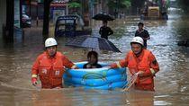 Dihantam Banjir-Longsor, Ratusan Orang di China Tewas Atau Hilang