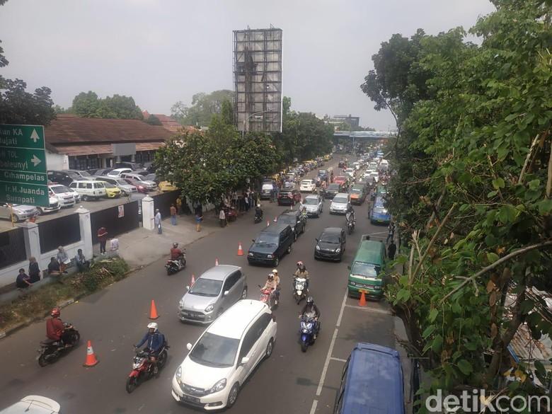 Sopir Angkot Mogok, Protes Perubahan Jalur Jalan Sukajadi-Setiabudi
