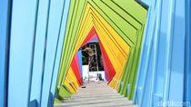 Yuk ke Istora! Nonton Indonesia Open dan Berfoto di Jembatan Warna-warninya