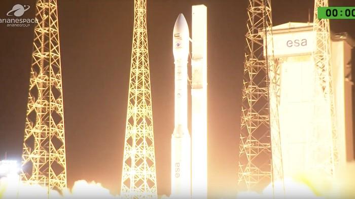 Peluncuran Falcon Eye 1 yang gagal. Foto: Arianespace