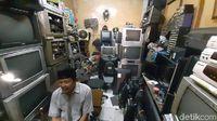 Tontonan Digital Berjamuran, Matikan Bisnis TV Jadul?