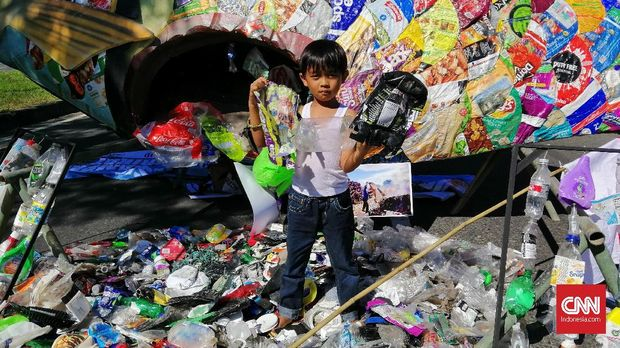 Protes Sampah Impor, Massa di Jatim Geruduk Konjen Amerika