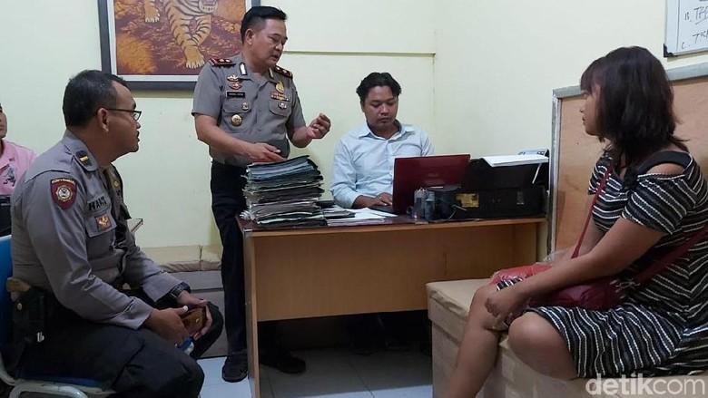 Wanita Hamil Nyaris Lompat dari JPO Pantura Semarang