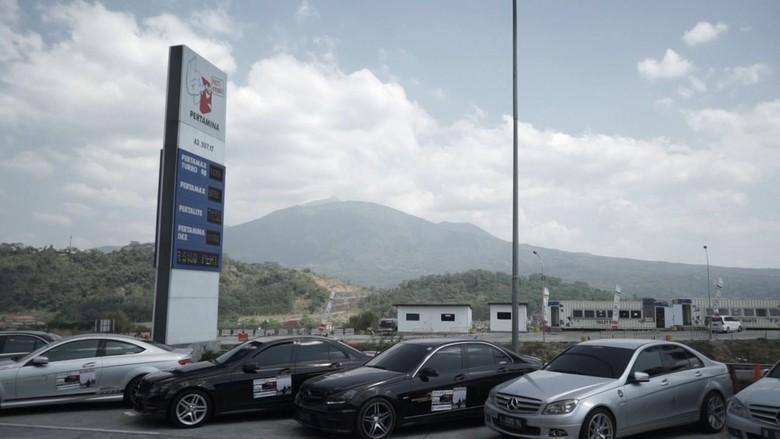 Ikut Tour de Jateng, Komunitas Mercedes-Benz W204 Tempuh 500 Km