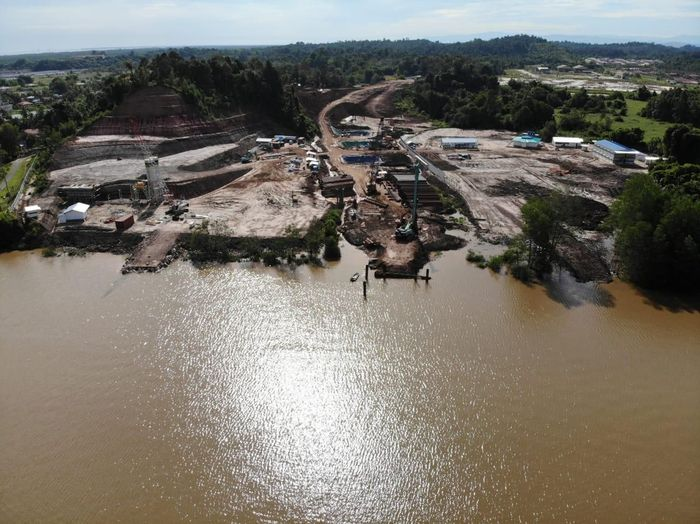 Mengutip Instagram Wijaya Karya, inilah potret salah satu proyek luar negeri WIKA, Limbang Cable Stayed Bridge di Sarawak, Malaysia. Pool/PT Wijaya Karya (Persero) Tbk.