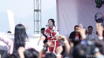 Belanja Oleh-oleh Sampai Nonton Via Vallen Bisa di MXGP Semarang