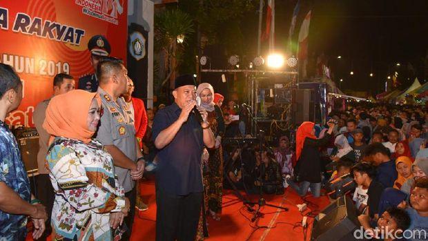 Pesta rakyat puncak HUT Bhayangkara di Lamongan/