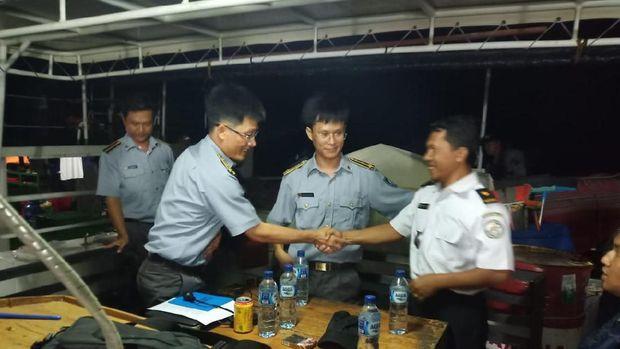 Bakamla Halau Kapal Asing Vietnam yang Berlayar di Laut Natuna