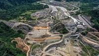 Selain itu, bendungan ini akan mendukung sektor pertanian dengan memperlancar irigasi Alue Ubay dengan luas areal tanam mencapai 2.743 hektare serta mengalirkan air bagi irigasi Krueng (Sungai) Pase sebesar 6.677 hektar. Pool/PT Wijaya Karya.