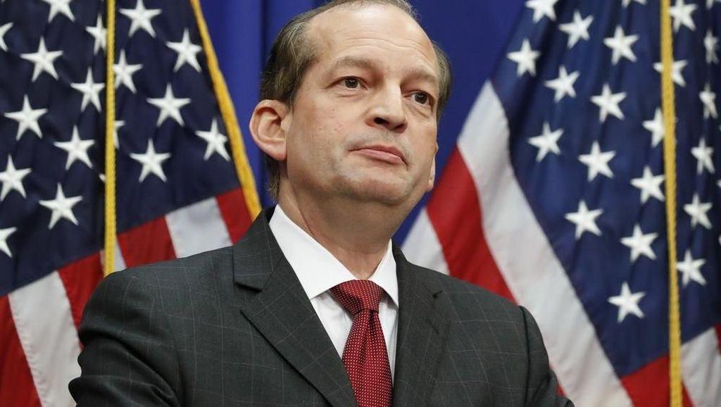 Menteri Tenaga Kerja AS Alexander Acosta Mundur