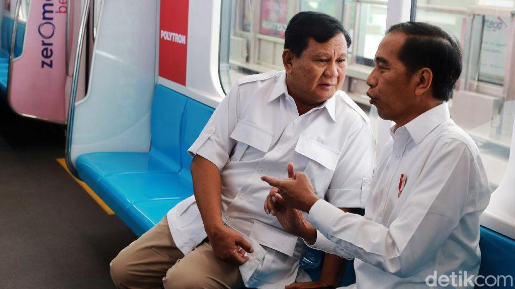 Mesra di MRT, Jokowi-Prabowo Dipuji Pengusaha Tionghoa