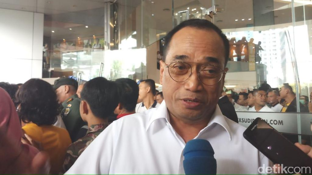 Prabowo Naik MRT, Menhub: Saya Bangga Sekali