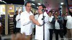 Hormat, Salam Komando dan Pelukan Jokowi-Prabowo