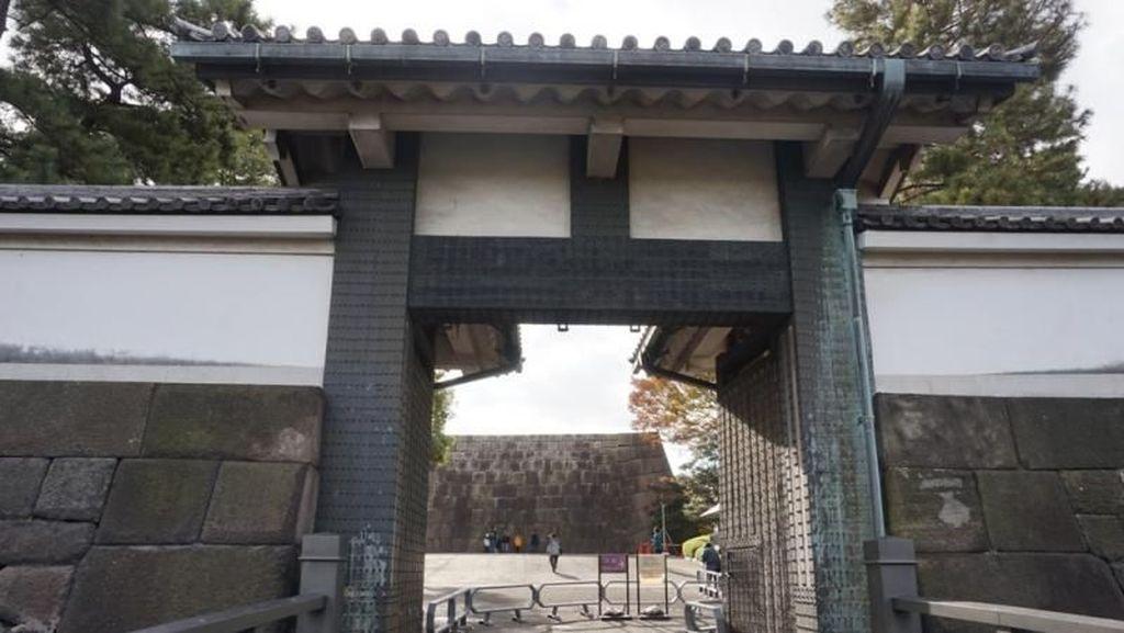 Foto: Sungguh Megah Istana Kediaman Kaisar Jepang