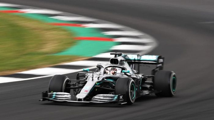 Lewis Hamilton juara GP Inggris (Foto: Bryn Lennon/Getty Images)