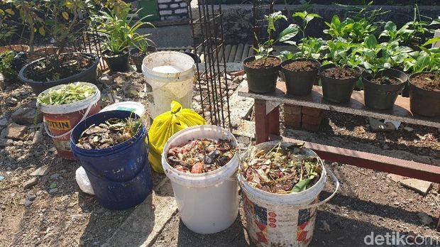 Melihat pemanfaatan sampah warga Cihaurgeulis Bandung
