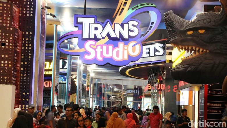 Tiket Trans Studio Cibubur Lagi Diskon, Weekend Ini Main Yuk. (Foto: Pradita Utama)