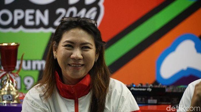 Kabid Pembinaan Prestasi PBSI, Susy Susanti, menjelaskan keputusan memberi status magang ke Tontowi Ahmad. (Foto: detikcom/Femi Diah)