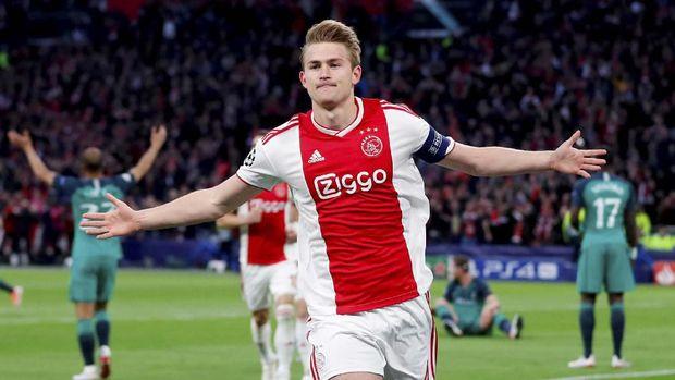 Mattijs de Ligt gemilang di Liga Champions 2018/2019.