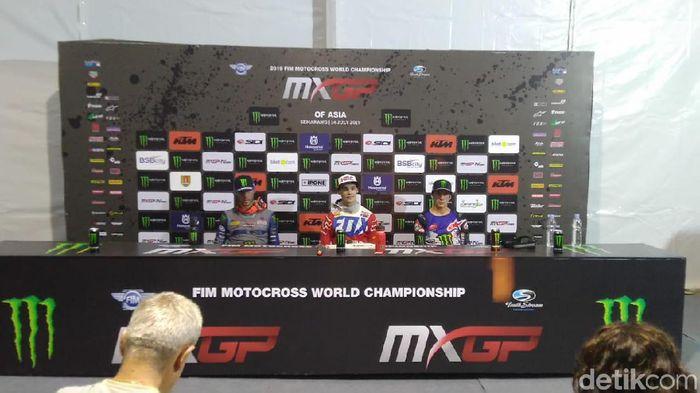 Para pemenang MXGP of Asia di Semarang. (Foto: Angling Adhitya Purbaya/detikSport)