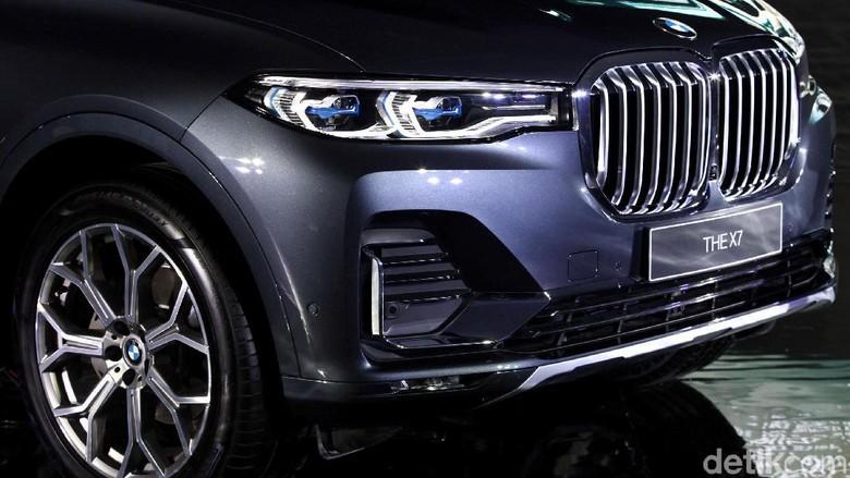 BMW X7 Foto: Rifkianto Nugroho