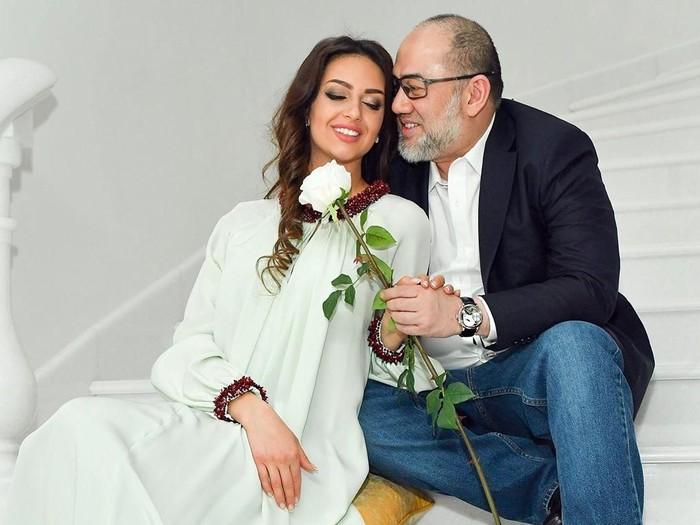 Sultan Muhammad V dan Oksana Veovodina. Foto: Instagram @rihanapetra