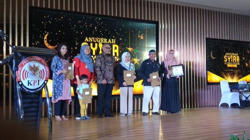 Program Menjemput Berkah Trans7 Raih Anugerah Syiar Ramadhan 2019