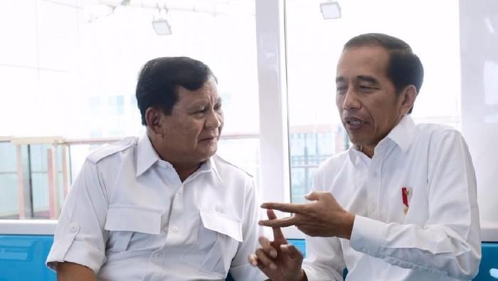 Presiden Jokowi dan Ketum Gerindra Prabowo Subianto.