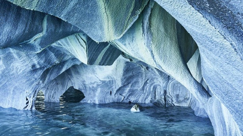 Marble Caves (iStock)