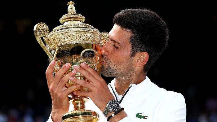 Novak Djokovic juara Wimbledon 2019 (Clive Brunskill/Getty Images)