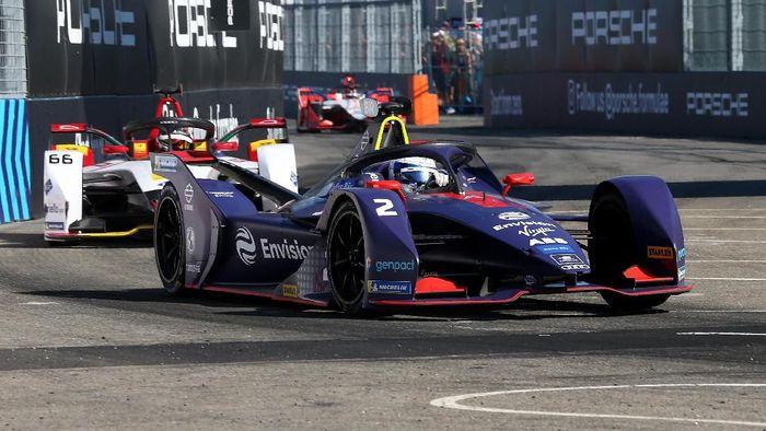 Warganet menuntut Formula E Jakarta 2020 dibatalkan. (Foto: Getty Images)