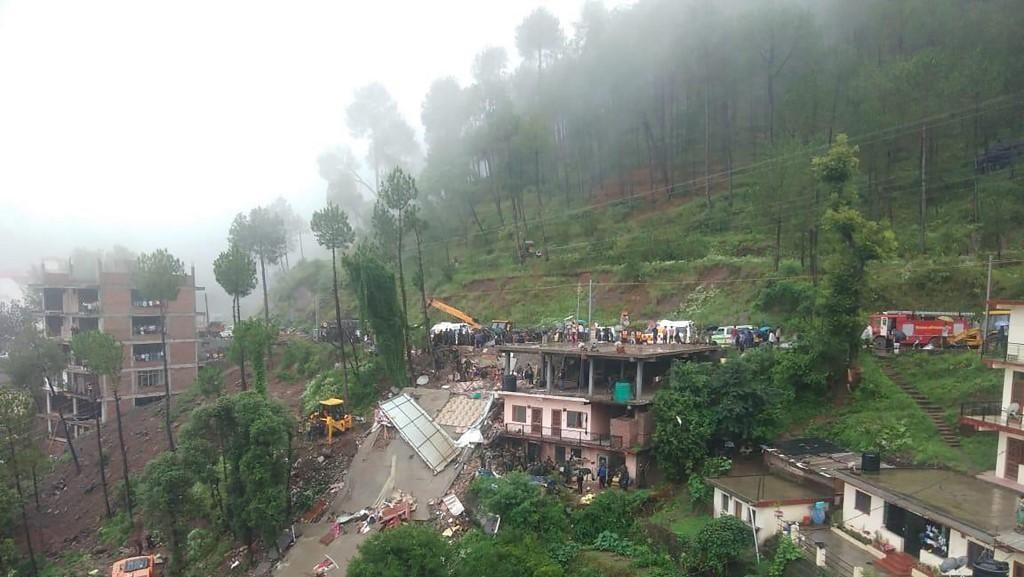 Banjir dan Longsor Terjang Asia Selatan, Lebih dari 130 Orang Tewas