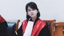 Pesona Hakim Cantik Viral yang Buat Netizen Minta Divonis Seumur Hidup