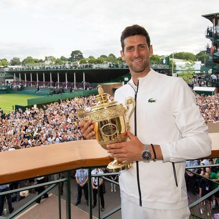 Djokovic yang lahir di Serbia 22 Mei 1987 ini dikenal luas sebagai petenis berbakat. Kini namanya tercatat sebagai petenis terbaik dunia. Ia juga baru saja memenangkan Wimbeldon 2019. Foto: instagram @djokernole