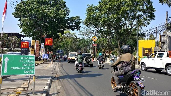 Rekayasa lalu lintas Sukajadi-Setiabudi-Cipaganti dipermanenkan. (Foto: Tri Ispranoto/detikcom)