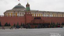 Tokoh Revolusioner Uni Soviet, Lenin Diawetkan di Sini
