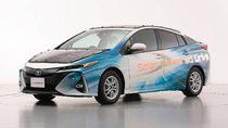 Mobil Listrik Toyota Berjubah Solar Panel